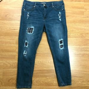Melissa McCarthy Size 20 Skinny Jeans Distressed